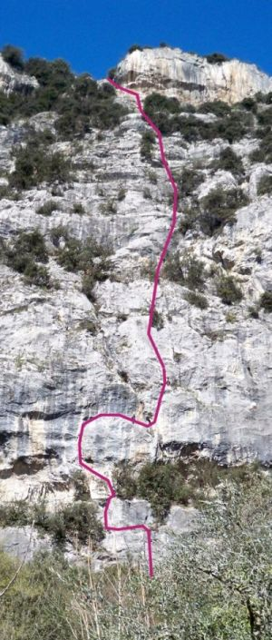 "Via ""In memoria di Ugo Ischia"" mit 9 SL, ungefähres Wandbild"