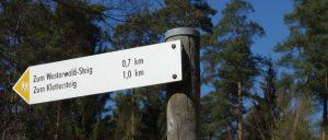Wegweiser zum Klettersteig